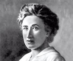 Há 96 anos  foi assassinada Rosa Luxemburgo